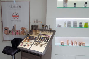 Delilah cosmetics display